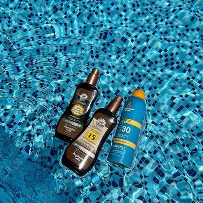Vasara jau čia, o tu ar pasiruošei vasarai? ☀️   www.karolinameschino.com rasi Karolinos atrinktas pačias mėgstamiausias Australian Gold priemones kurios padės Tau pasiekti TOBULĄ vasaros įdegį! 👙🔥  #bykarolinameschino